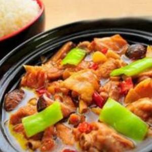 忆香思黄焖鸡米饭